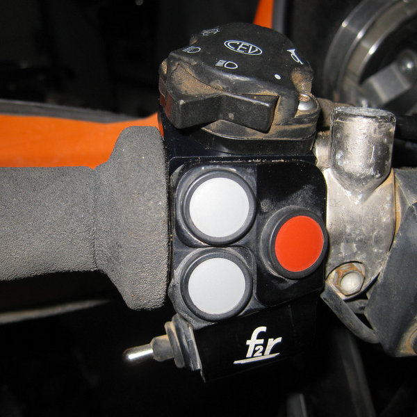 CR004 - Mounting kit for KTM EXC multi-function remote (CEV)
